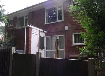 Thumbnail 1 bed flat to rent in 49 Cross Hey Avenue, Noctorum, Wirral