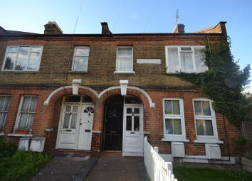 Thumbnail 3 bedroom flat to rent in Warner Road, London