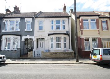 Thumbnail 3 bed detached house to rent in Tintern Avenue, Westcliff-On-Sea
