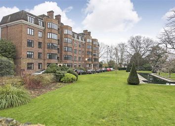 Thumbnail 3 bed flat to rent in Glenalmond House, Manor Fields, Putney