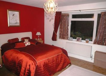 Thumbnail 2 bed flat to rent in Blenheim Court, Woodford Green, Essex
