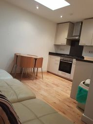 Thumbnail 2 bed flat to rent in Lea Bridge Road, Leyton
