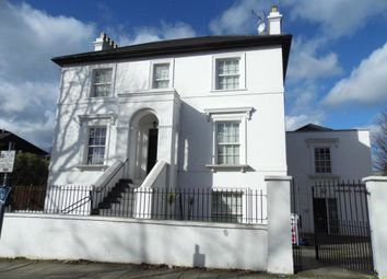 Thumbnail 2 bed flat to rent in Grove Lodge, Regents Park Road, Finchley, London