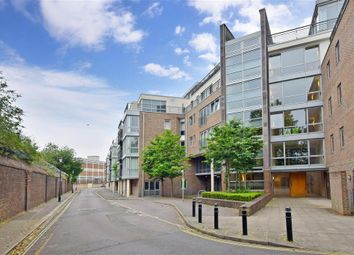Thumbnail 1 bed flat for sale in Richmond House, Portsmouth, Hampshire