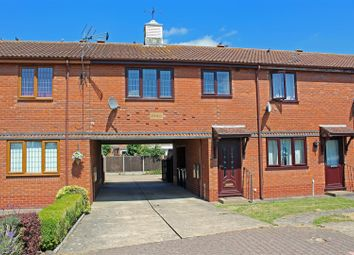 Thumbnail 1 bed flat for sale in Hadleigh Green, Burringham, Scunthorpe