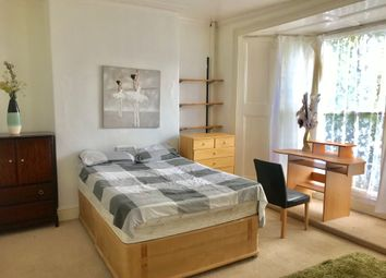 Thumbnail 1 bed flat to rent in 82 Brynymor Road, Swansea