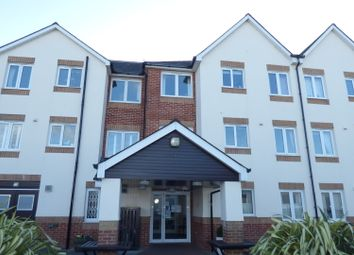 Thumbnail 2 bed flat to rent in Marsh Road, Newton Abbot