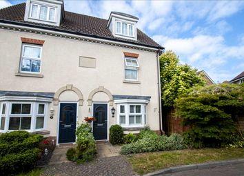 Galloway Drive, Kennington, Ashford TN25. 3 bed semi-detached house