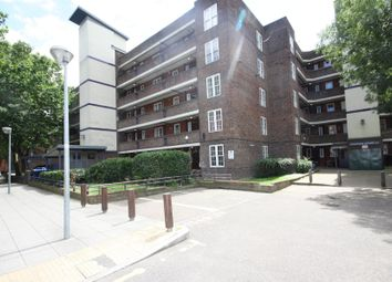 3 bed flat to rent in Thames Street, London SE10