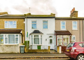 3 bed property for sale in Chandos Road, Stratford, London E15