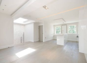 3 bed flat to rent in Warwick Road, Earls Court, London SW5