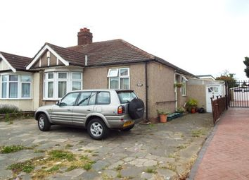Thumbnail 3 bedroom bungalow to rent in New North Road, Ilford