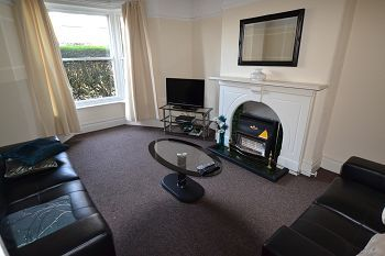 Thumbnail Room to rent in Beech Lane, Macclesfield