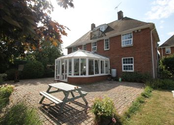 Thumbnail 1 bed flat to rent in Wessex Close, Topsham, Exeter
