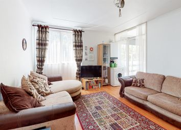 The Pines, Purley CR8. 2 bed flat