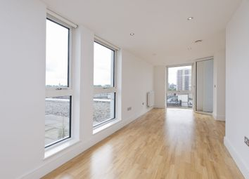 Thumbnail 1 bed flat to rent in Jubilee Court, New Capital Quay, London