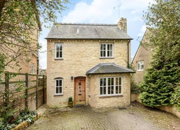 Thumbnail 3 bedroom detached house for sale in The Leys, Chipping Norton
