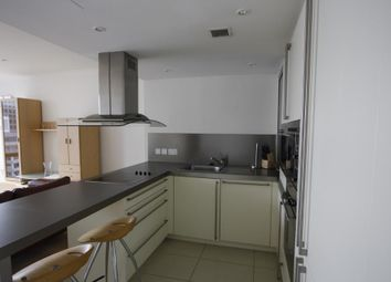 Thumbnail 1 bed flat for sale in 1 West India Quay, Hertsmere Road, Canary Wharf, London