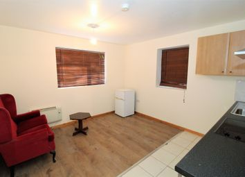 Thumbnail 1 bed flat to rent in Tay Road, Coventry, West Midlands