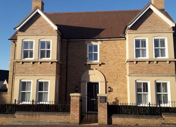 4 bed property for sale in Paxton Drive, Fairfield Park, Hitchin SG5