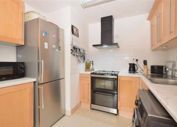 Ash Grove, Fernhurst, Haslemere, West Sussex GU27. 2 bed flat