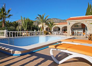 Thumbnail 3 bed villa for sale in 03330, Crevillent, Spain