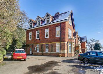 3 bed flat for sale in Caxton House, Limpsfield Chart, Surrey RH8