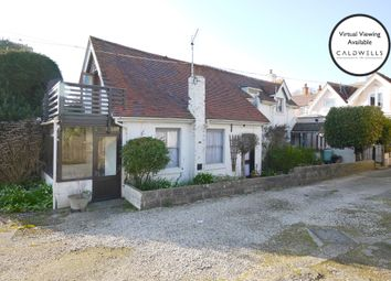 High Street, Milford On Sea, Lymington, Hampshire SO41. 2 bed detached house for sale