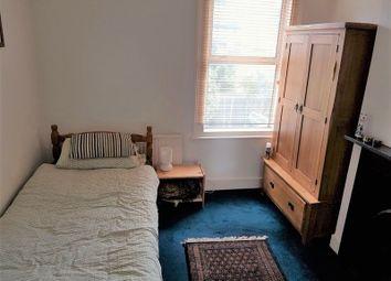 Thumbnail Studio to rent in Birkbeck Road, London