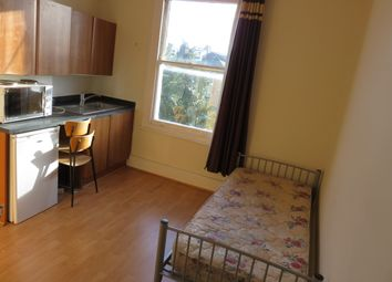 Thumbnail 1 bedroom terraced house to rent in Mill Lane, Kilburn, London