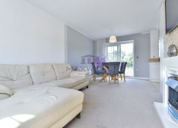 Thumbnail 2 bed flat for sale in Campion Square, Dunton Green, Sevenoaks