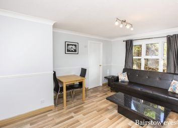 Thumbnail 2 bed flat to rent in Turnstone Close, London