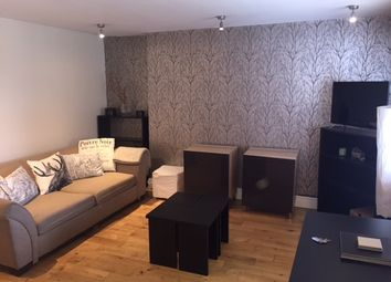 2 bed flat to rent in Marloes Road, London W8