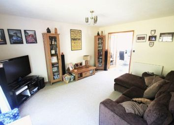 2 bed terraced house to rent in Nelson Drive, Cowes PO31