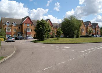 2 bed flat to rent in Redoubt Close, Hitchin SG4