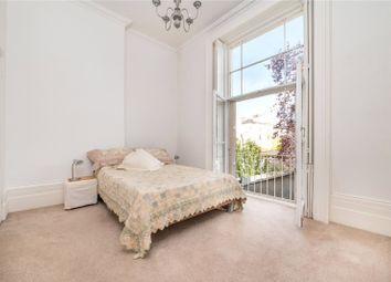 Blomfield Road, Little Venice, London W9. 1 bed flat