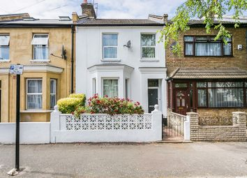 Thumbnail 1 bedroom flat to rent in Lorne Road, London