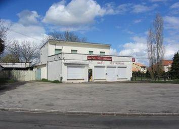 Thumbnail Pub/bar for sale in Maire-Levescault, Deux-Sèvres, France