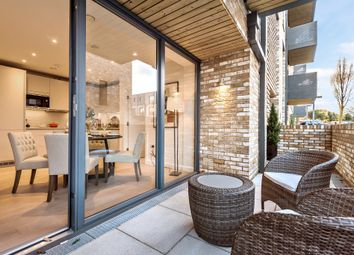 Thumbnail 2 bed flat for sale in Victoria Drive, Southfields, London