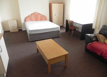 Thumbnail 8 bed property to rent in Oaklands Terrace, Swansea