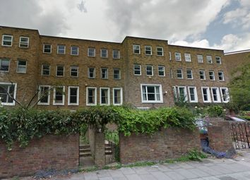 3 bed flat to rent in Abingdon Close, Camden Square, London NW1