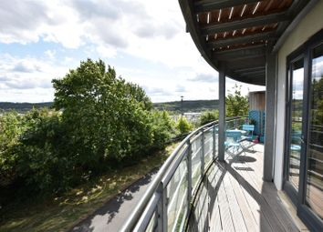 Thumbnail 2 bed flat for sale in Fieldfare Lane, Greenhithe