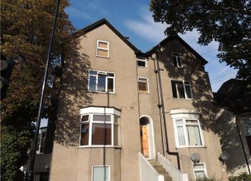 Thumbnail 1 bed flat to rent in Waddon New Road, Croydon