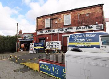 2 bed flat to rent in Moston Lane, Blackley, Manchester M9