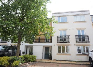 Thumbnail 4 bed town house for sale in Hemsley Road, Kings Langley
