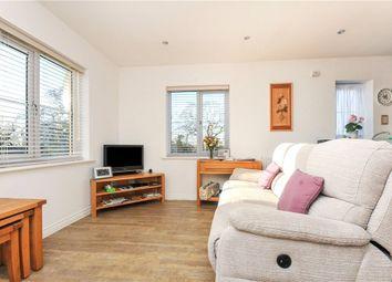 Thumbnail 2 bedroom flat for sale in Waratah Drive, Chislehurst, Kent