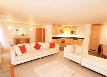 4 bed maisonette to rent in High Street, Whitton TW2