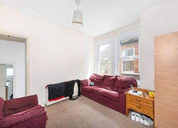 Thumbnail 3 bedroom flat to rent in Gilbey Road, London