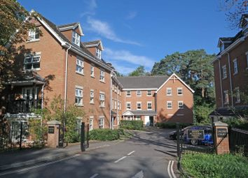 Thumbnail 2 bed flat for sale in Worth Park Avenue, Crawley