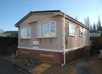Thumbnail 2 bedroom mobile/park home for sale in Old Bridge Road, Bouremouth